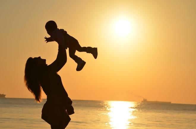 mother-child-sunset