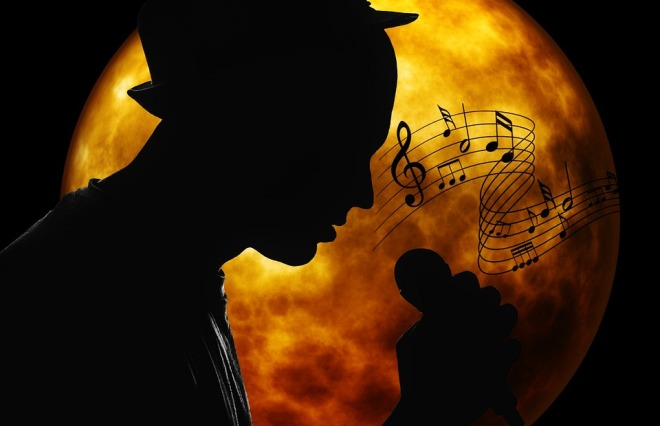 SingerMoonMic