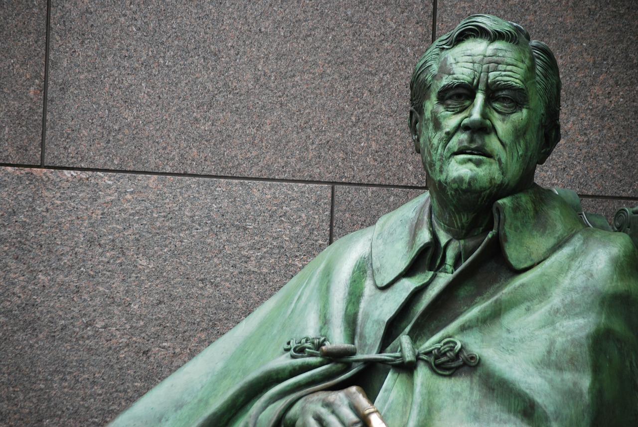 FDR_Statue