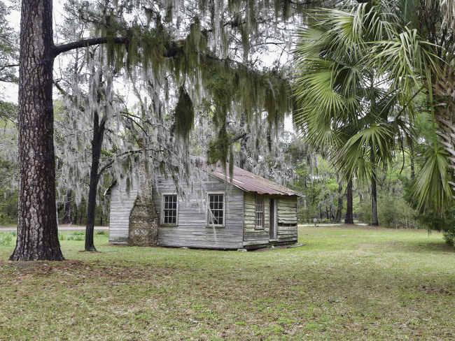 spring-island-plantation-cabin