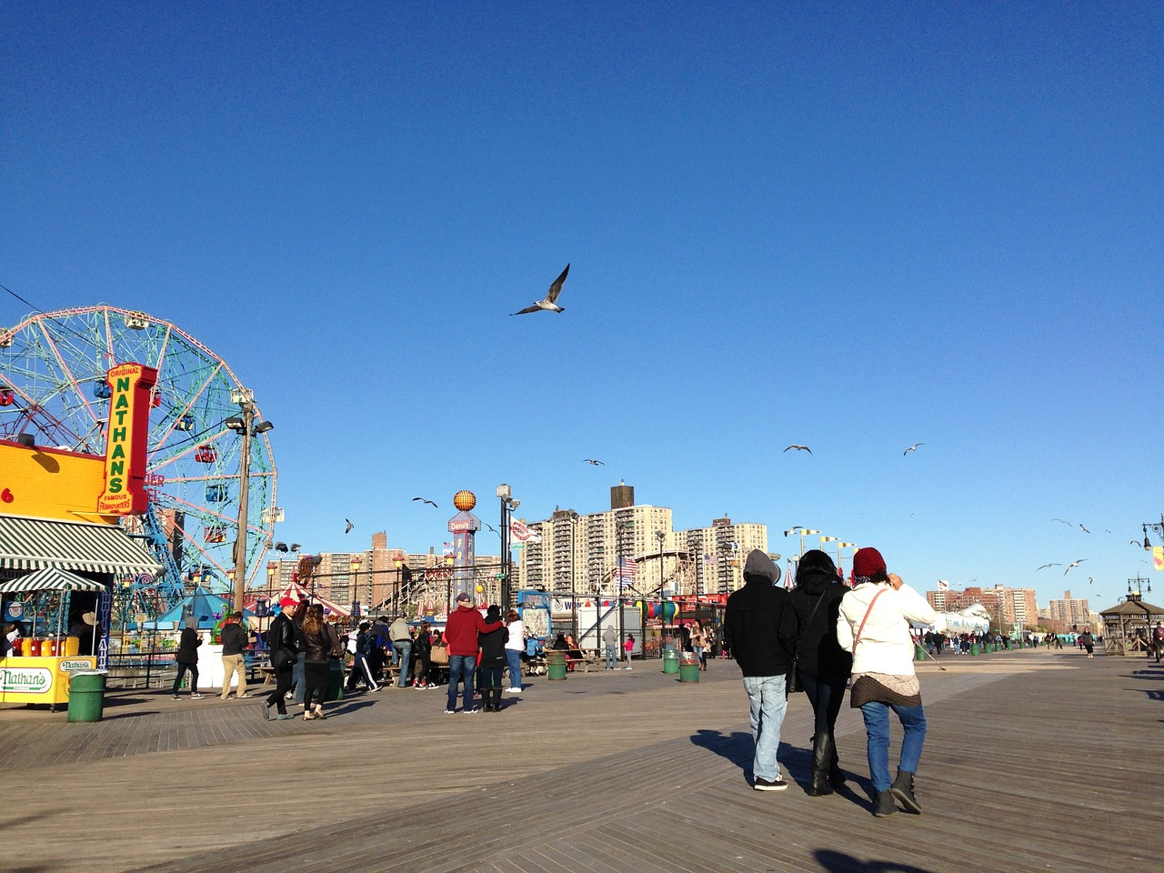 coney-island-beach-990456_1280
