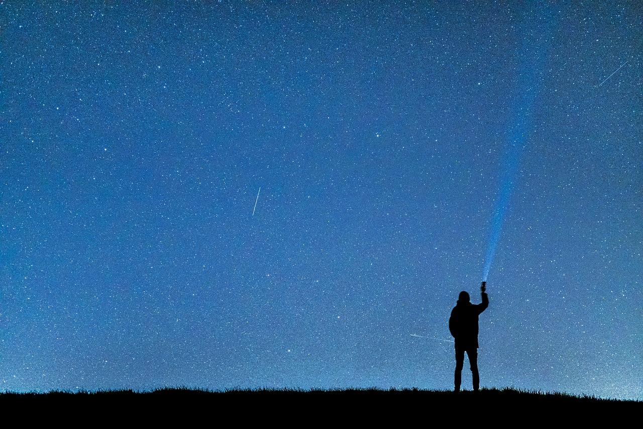 night-photograph-2381229_1280